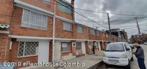 Casa En Ventaen Bogota, Villa Maria, Colombia, CO RAH: 21-542
