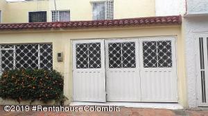 Casa En Ventaen Bogota, Las Dos Avenidas, Colombia, CO RAH: 21-544