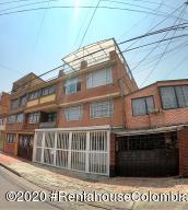 Casa En Ventaen Bogota, Bonanza, Colombia, CO RAH: 21-545