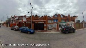 Casa En Ventaen Cota, Vereda El Abra, Colombia, CO RAH: 21-567
