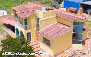 Casa En Ventaen La Calera, Vereda El Salitre, Colombia, CO RAH: 21-573