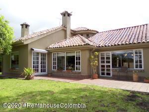 Casa En Arriendoen Chia, Vereda Guaymaral, Colombia, CO RAH: 21-600