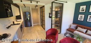 Apartamento En Ventaen Bogota, Colina Campestre, Colombia, CO RAH: 21-604