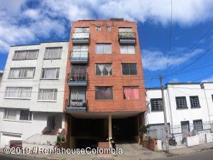Apartamento En Ventaen Bogota, San Luis, Colombia, CO RAH: 21-620