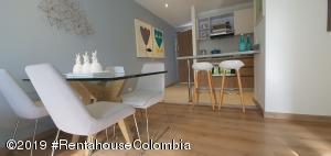 Apartamento En Ventaen Bogota, Colina Campestre, Colombia, CO RAH: 21-624
