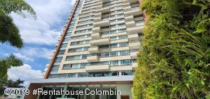 Apartamento En Ventaen Medellin, Loma Del Tesoro, Colombia, CO RAH: 21-631