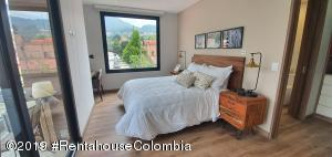 Apartamento En Ventaen Bogota, Santa Ana Usaquen, Colombia, CO RAH: 21-694