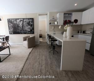 Apartamento En Ventaen Bogota, San Martin, Colombia, CO RAH: 21-696