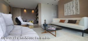 Apartamento En Ventaen Medellin, Transversal Inferior Saint Michel, Colombia, CO RAH: 21-708