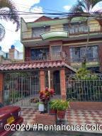 Casa En Ventaen Fusagasuga, San Jorge, Colombia, CO RAH: 21-717