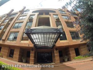 Apartamento En Ventaen Bogota, Chico Norte, Colombia, CO RAH: 21-729