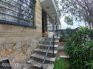 Casa En Ventaen Bogota, La Soledad, Colombia, CO RAH: 21-733