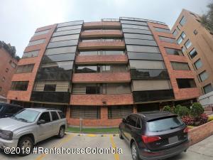 Apartamento En Ventaen Bogota, La Carolina, Colombia, CO RAH: 21-735