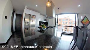 Apartamento En Ventaen Bogota, Chapinero Alto, Colombia, CO RAH: 21-753