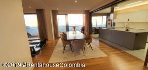 Apartamento En Ventaen Bogota, Santa Ana Usaquen, Colombia, CO RAH: 21-762