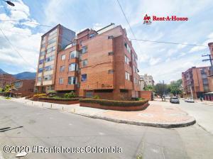 Apartamento En Ventaen Bogota, Galerias, Colombia, CO RAH: 21-557