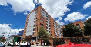 Apartamento En Arriendoen Bogota, Cedritos, Colombia, CO RAH: 21-815