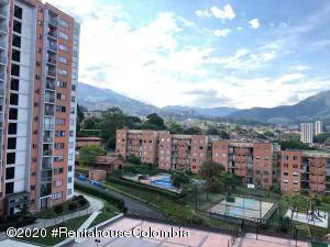 Apartamento En Ventaen Itagui, Ditaires, Colombia, CO RAH: 21-817