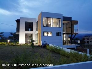 Casa En Ventaen La Mesa, Alta Vista, Colombia, CO RAH: 21-822