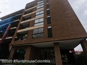 Apartamento En Arriendoen Bogota, San Patricio, Colombia, CO RAH: 21-833
