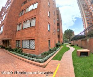 Apartamento En Ventaen Bogota, La Calleja, Colombia, CO RAH: 21-1105