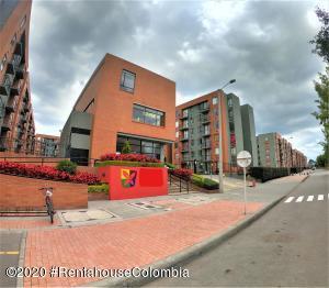 Apartamento En Ventaen Chia, Vereda Bojaca, Colombia, CO RAH: 21-1126