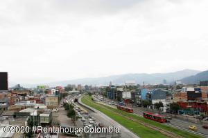Oficina En Ventaen Bogota, Doce De Octubre, Colombia, CO RAH: 21-853