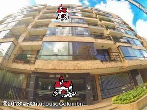 Apartamento En Arriendoen Bogota, Nuevo Country, Colombia, CO RAH: 21-865