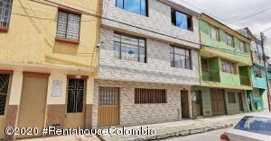 Casa En Ventaen Bogota, San Pablo Jerico Fontibon, Colombia, CO RAH: 21-891
