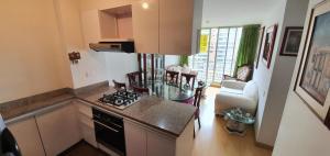 Apartamento En Ventaen Bogota, Hayuelos, Colombia, CO RAH: 21-906