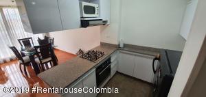 Apartamento En Ventaen Bogota, Hayuelos, Colombia, CO RAH: 21-907
