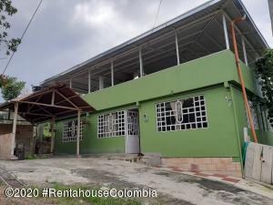 Casa En Ventaen Anolaima, Vereda San Isidro, Colombia, CO RAH: 21-917