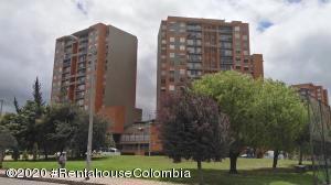 Apartamento En Ventaen Bogota, San Antonio Noroccidental, Colombia, CO RAH: 21-939