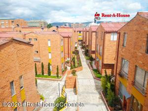 Casa En Arriendoen Bogota, Portales Del Norte, Colombia, CO RAH: 21-950