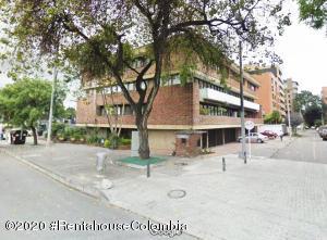 Apartamento En Arriendoen Bogota, Antiguo Country, Colombia, CO RAH: 21-983