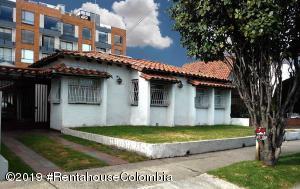 Casa En Arriendoen Bogota, Nueva Autopista, Colombia, CO RAH: 21-991