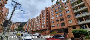 Apartamento En Arriendoen Bogota, Chapinero Alto, Colombia, CO RAH: 21-999