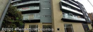 Apartamento En Arriendoen Bogota, Los Cedros, Colombia, CO RAH: 21-1017