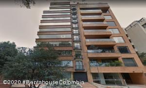 Apartamento En Arriendoen Bogota, La Cabrera, Colombia, CO RAH: 21-1043