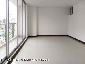 Apartamento En Ventaen Chia, Sabana Centro, Colombia, CO RAH: 21-1086