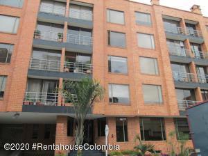 Apartamento En Arriendoen Bogota, Santa Bárbara, Colombia, CO RAH: 21-1092