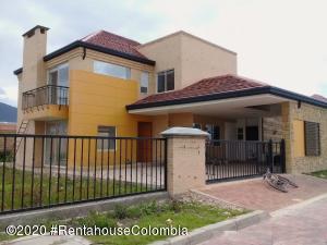 Casa En Ventaen Zipaquira, La Paz, Colombia, CO RAH: 21-1101