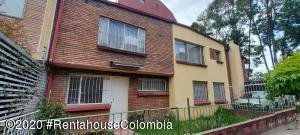 Apartamento En Arriendoen Bogota, Galerias, Colombia, CO RAH: 21-1124