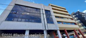 Oficina En Arriendoen Bogota, Santa Barbara Central, Colombia, CO RAH: 21-1136