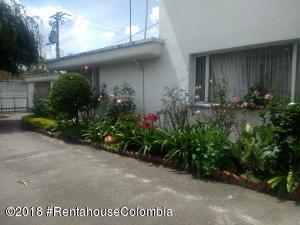 Casa En Ventaen Bogota, San Jose De Bavaria, Colombia, CO RAH: 21-1132