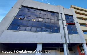 Oficina En Ventaen Bogota, Santa Barbara Central, Colombia, CO RAH: 21-1137