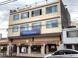 Casa En Ventaen Bogota, Prado Pinzón, Colombia, CO RAH: 21-1174