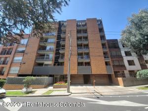 Apartamento En Ventaen Bogota, Bella Suiza, Colombia, CO RAH: 21-1181