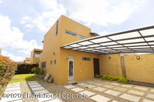 Casa En Ventaen Cajica, El Tejar, Colombia, CO RAH: 21-1203