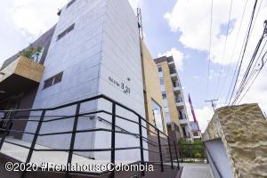 Apartamento En Ventaen Cajica, Sector El Bohio, Colombia, CO RAH: 21-1206